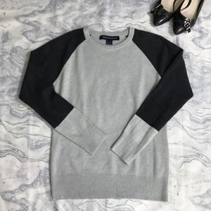 French Connection Gray Sweater in Large